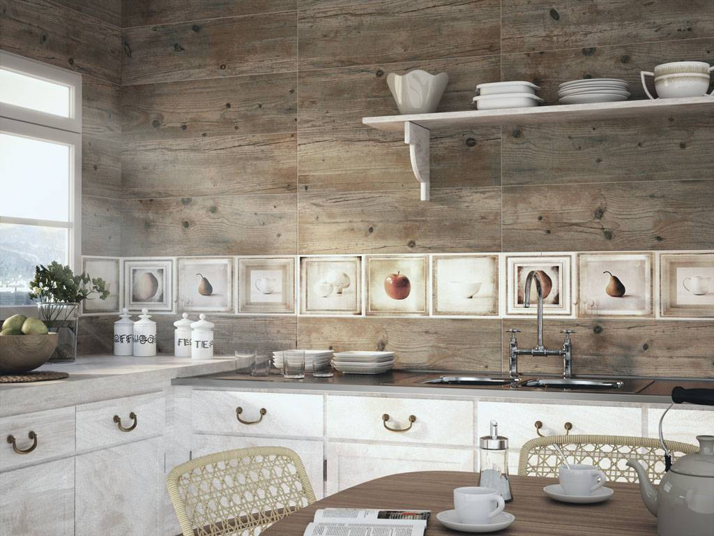 Carrelage imitation bois au mur