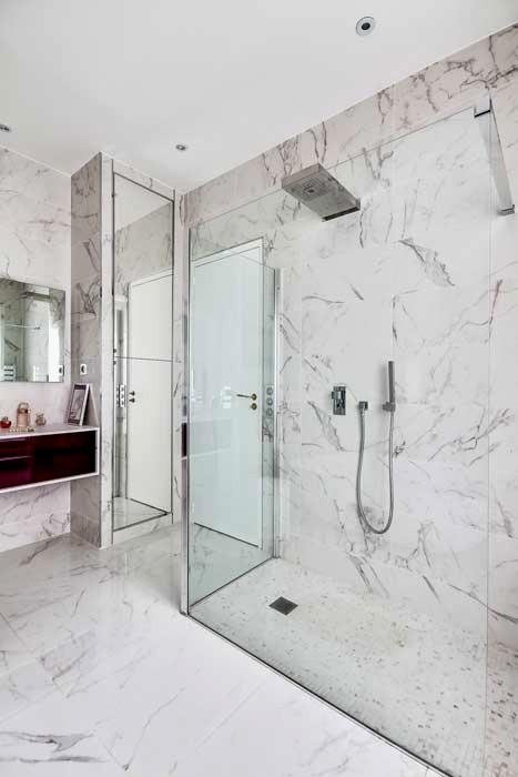 Carrelage salle de bain marbre blanc - livraison-clenbuterol.fr