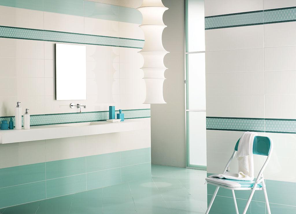 Carrelage blanc et turquoise