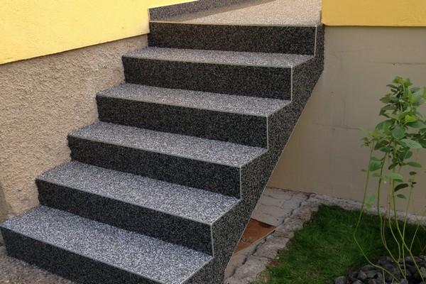 Carrelage extérieur antidérapant pour escalier - livraison-clenbuterol.fr