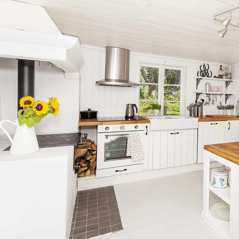 Plan de travail cuisine bois blanc livraison - Cuisine blanche avec plan de travail bois ...