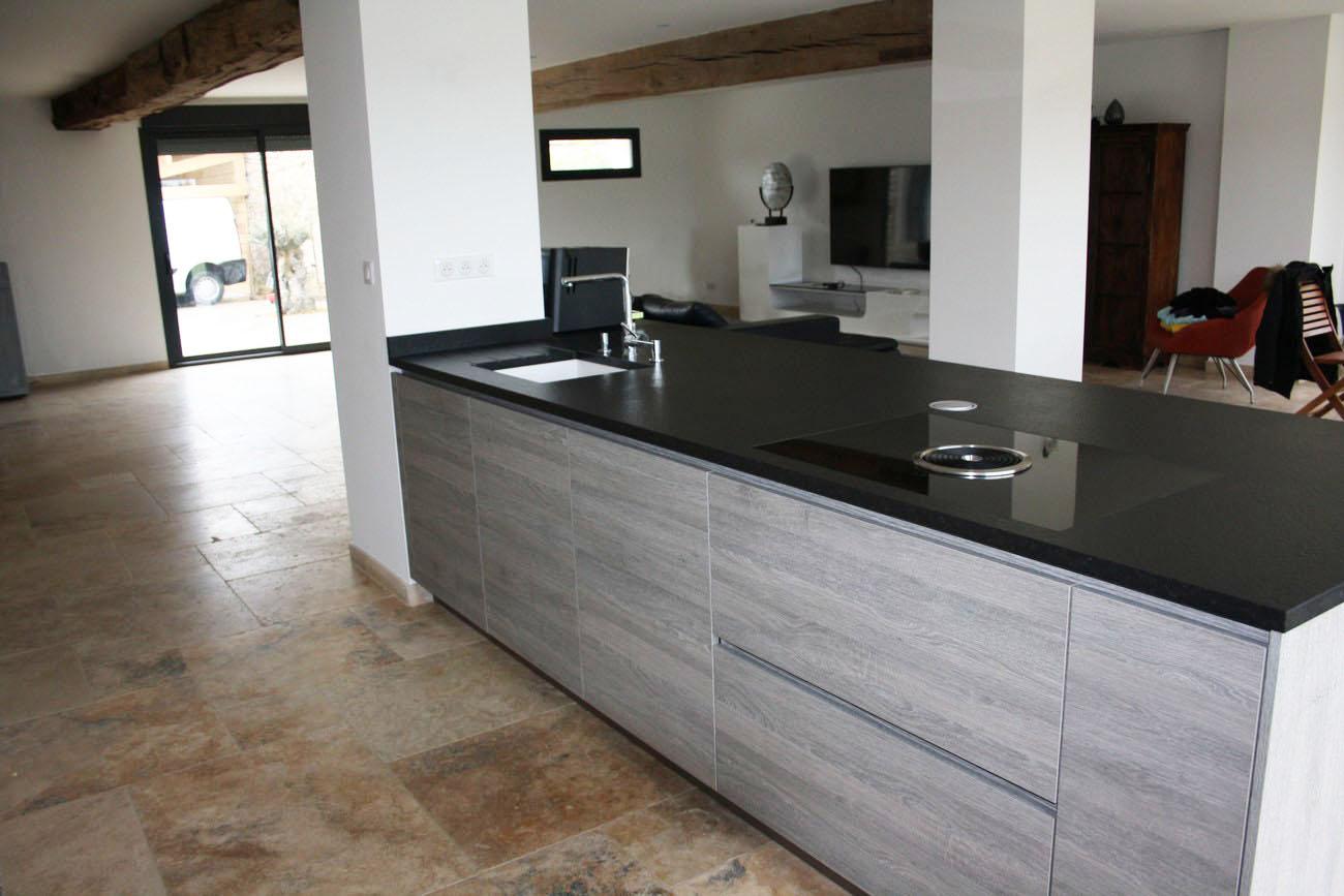 cuisine blanc laqu plan de travail granit livraison. Black Bedroom Furniture Sets. Home Design Ideas