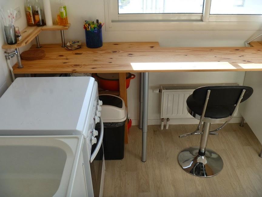 pied plan de travail bureau livraison. Black Bedroom Furniture Sets. Home Design Ideas