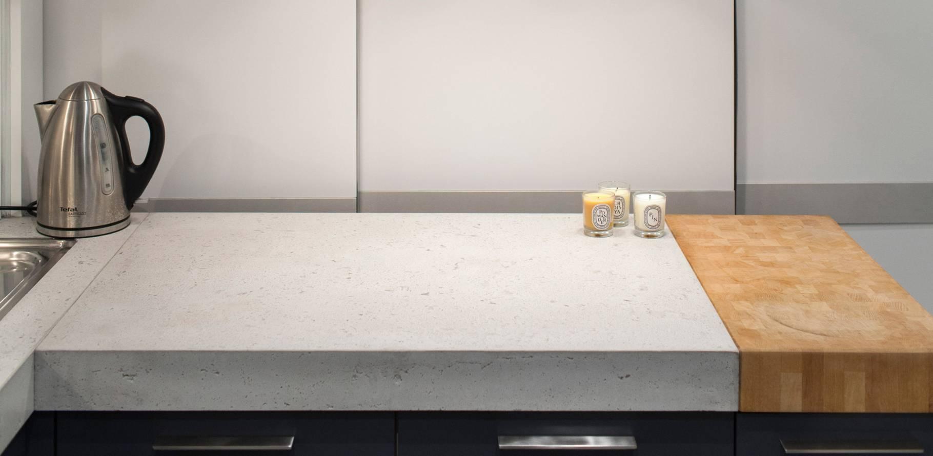 Vernis pour plan de travail en beton brut