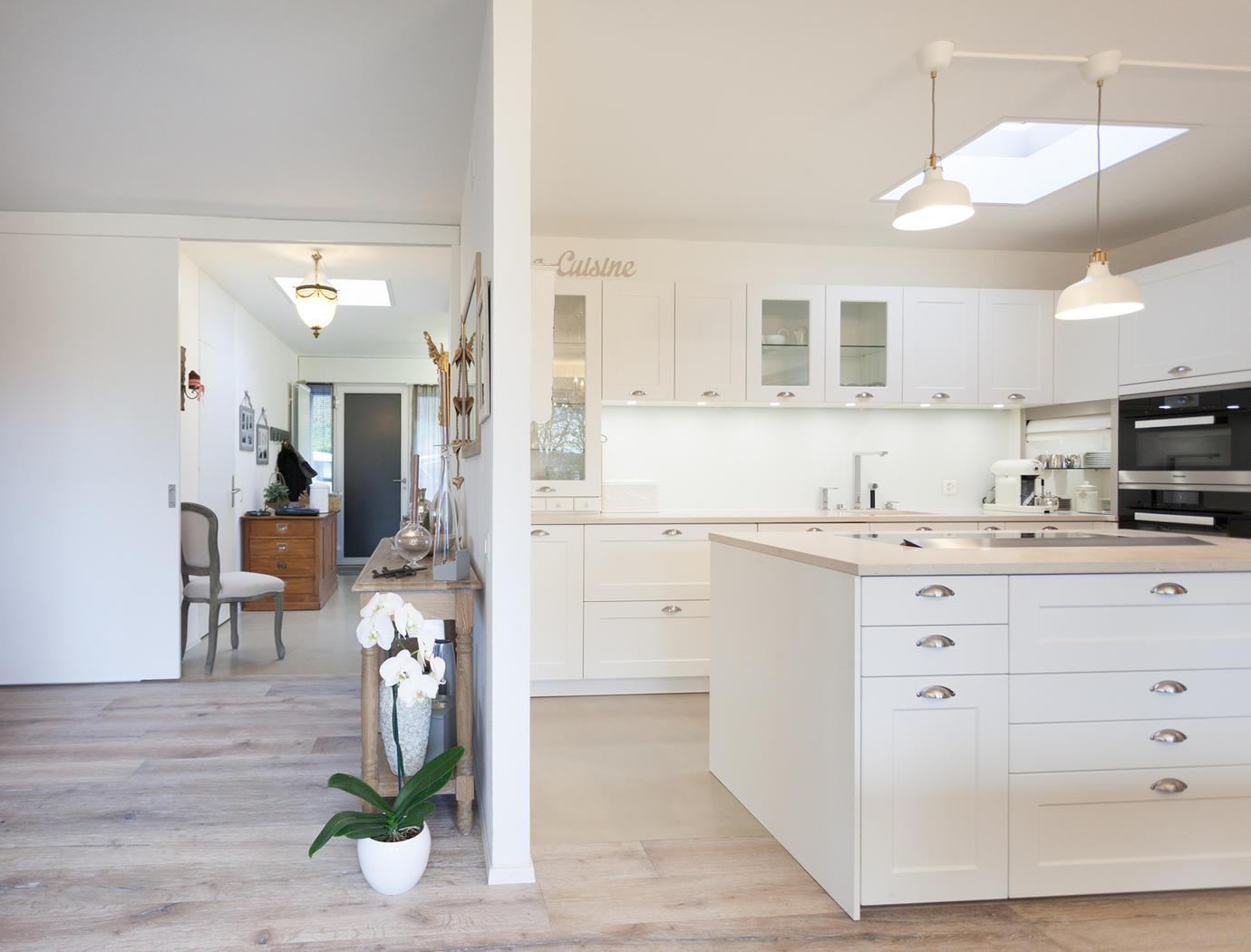 cuisine avec plan de travail en beton cire livraison. Black Bedroom Furniture Sets. Home Design Ideas