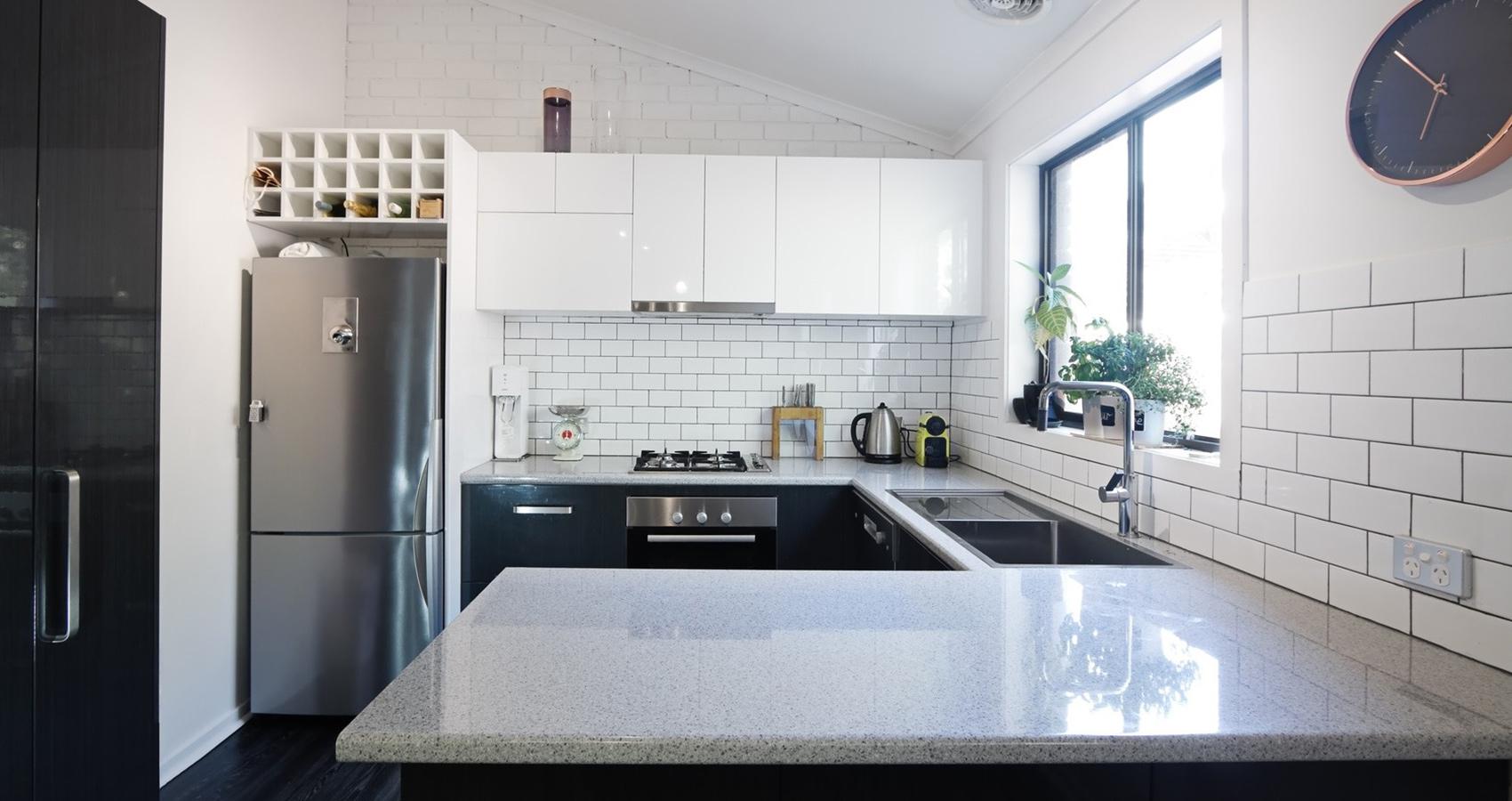 plan de travail pour ilot en granit livraison. Black Bedroom Furniture Sets. Home Design Ideas