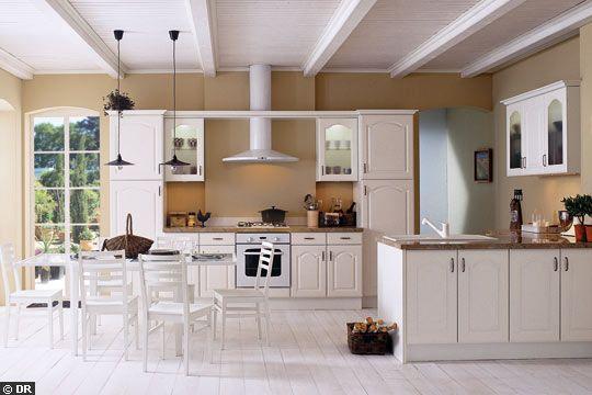 Cuisine blanche avec plan de travail marron livraison - Cuisine blanche avec plan de travail bois ...