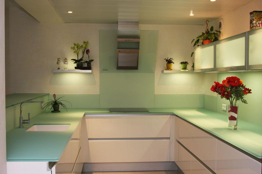 plan de travail cuisine verre trempe livraison. Black Bedroom Furniture Sets. Home Design Ideas