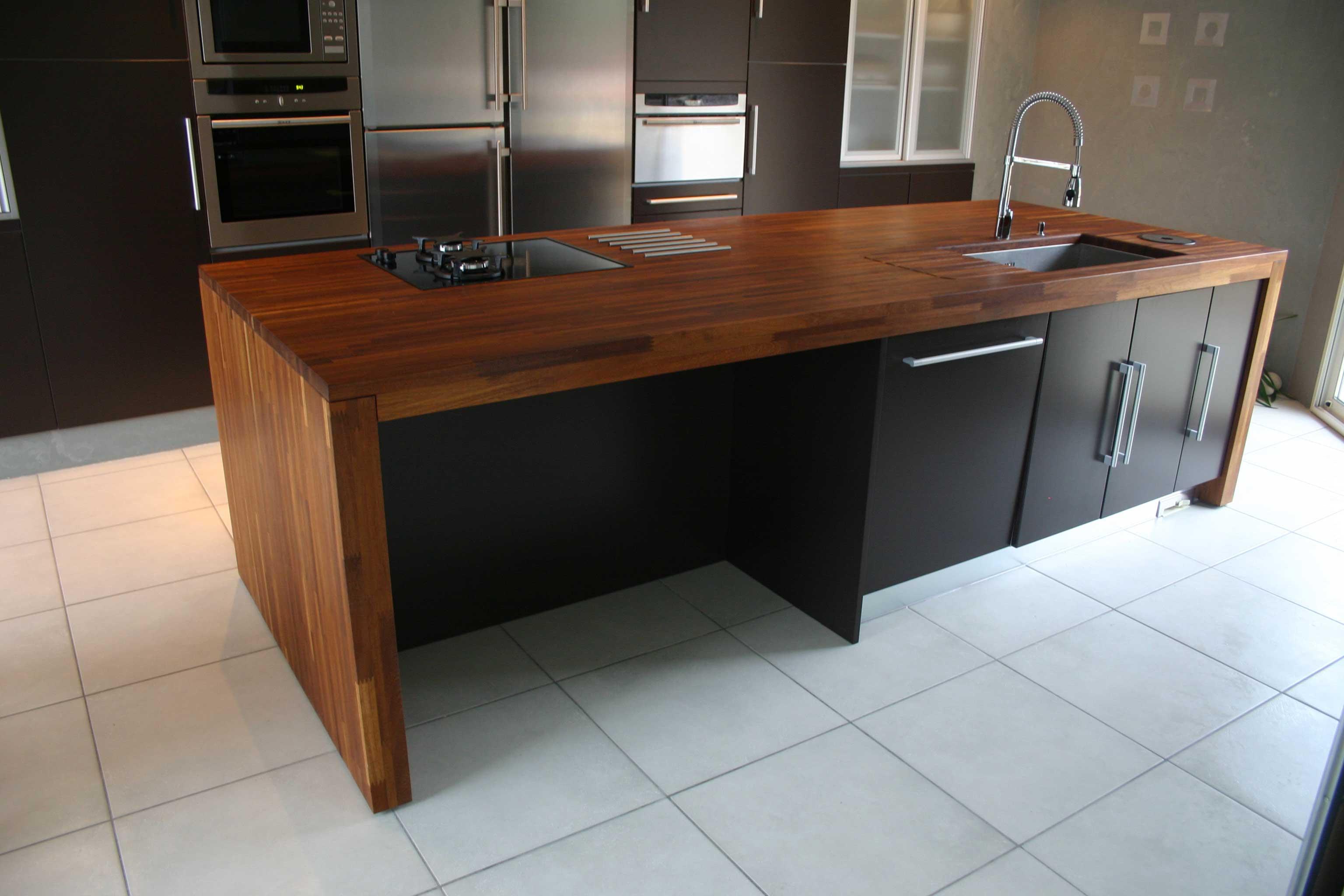 plan de travail chene massif ikea sur mesure livraison. Black Bedroom Furniture Sets. Home Design Ideas