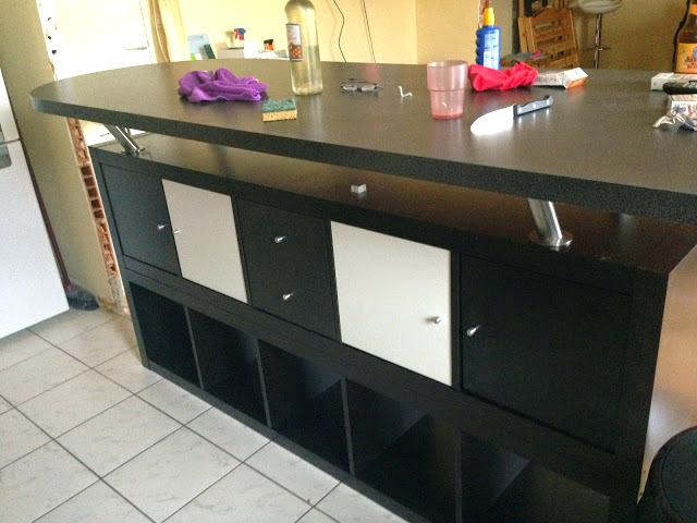 meuble de rangement avec plan de travail livraison. Black Bedroom Furniture Sets. Home Design Ideas