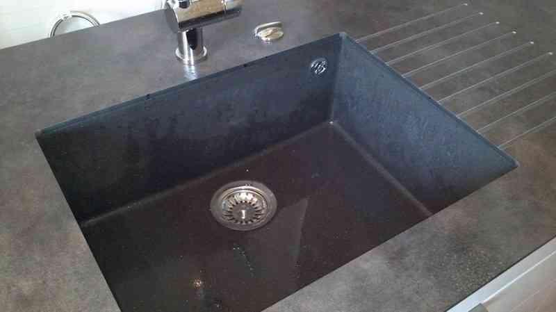 plan de travail et evier en granit livraison. Black Bedroom Furniture Sets. Home Design Ideas