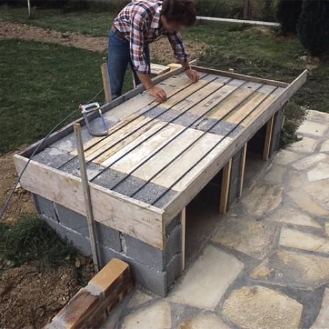 fabriquer un plan de travail pour barbecue livraison. Black Bedroom Furniture Sets. Home Design Ideas