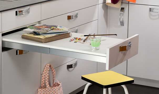 Table a repasser sous plan de travail livraison - Meuble cuisine avec table escamotable ...